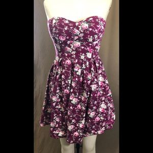 Floral Sweetheart Sleeveless sundress 90s grunge
